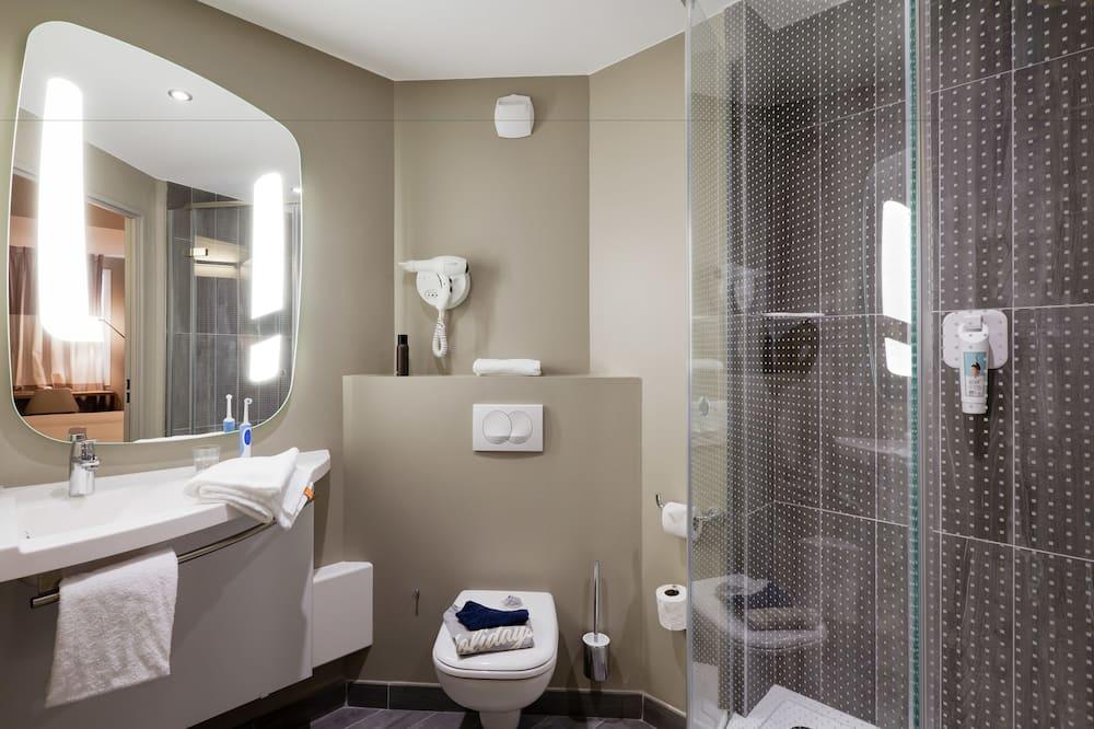 Standard-dobbeltværelse - 1 dobbeltseng med sovesofa - Badeværelse