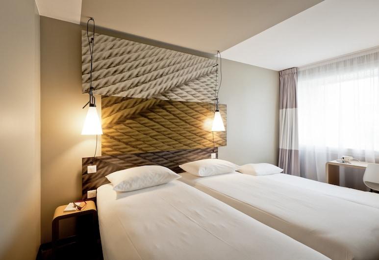 イビス リヨン カレ ド ソワ ホテル, ヴォルアヴェレン, スタンダード ダブルルーム ダブルベッド 1 台ソファーベッド付き, 部屋