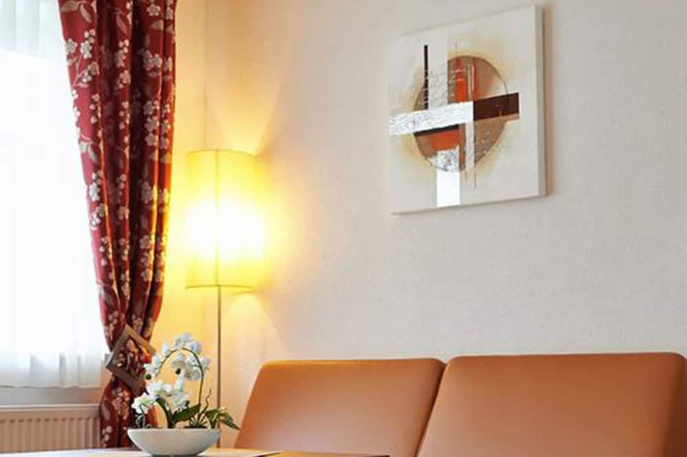 Triple Room, Ground Floor - Living Area