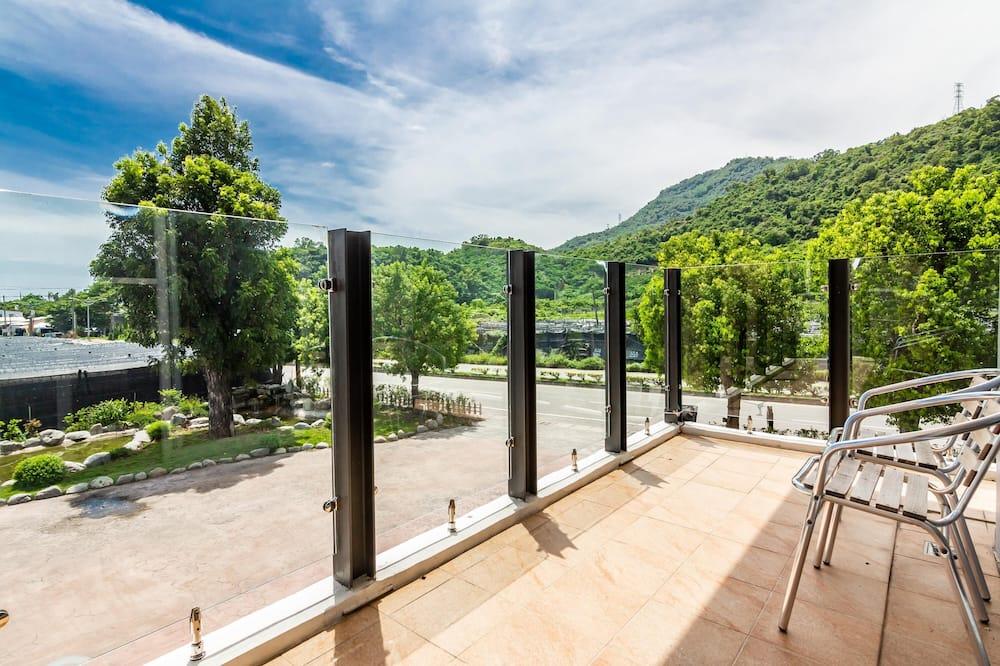 Double Room, Balcony, Garden View - Lobby