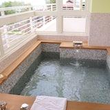 אמבט ספא מקורה