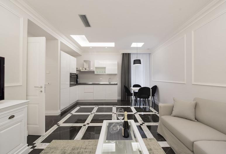 Aurora Luxury Suites, Rome, Deluxe Suite, Living Area