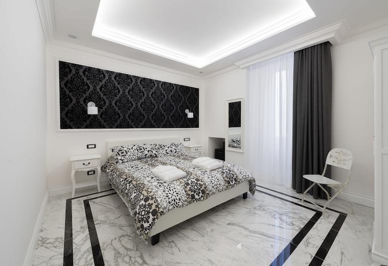 Aurora Luxury Suites, Rome, Superior Suite, Room