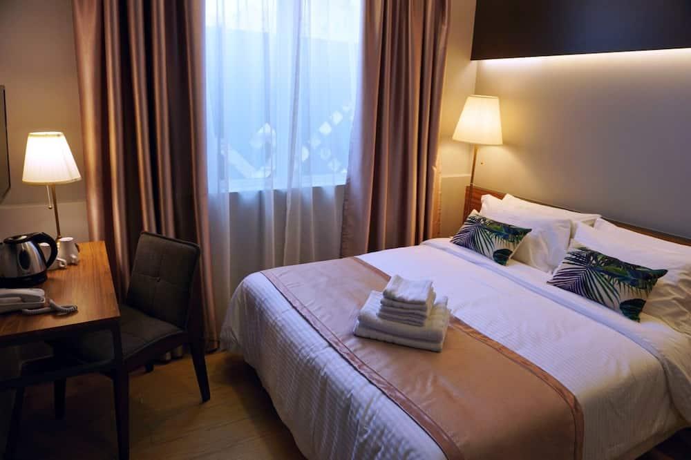 高級客房, 1 張加大雙人床 (With window) - 客房