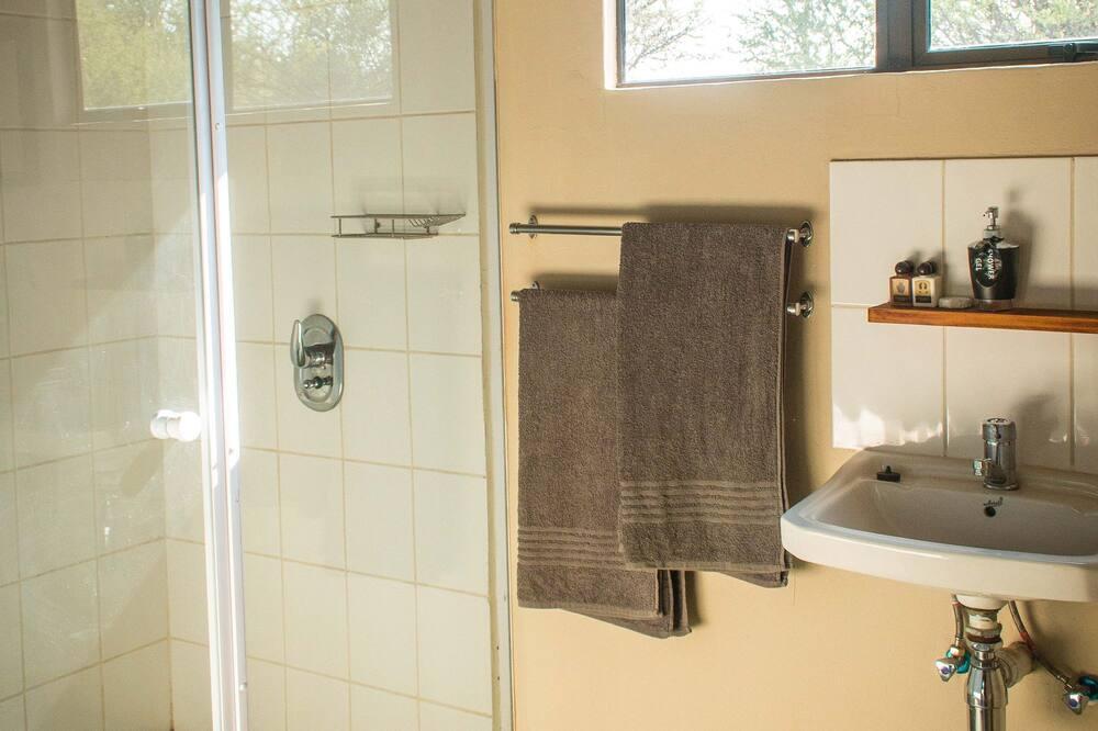 Chalet estándar, vistas al jardín - Cuarto de baño