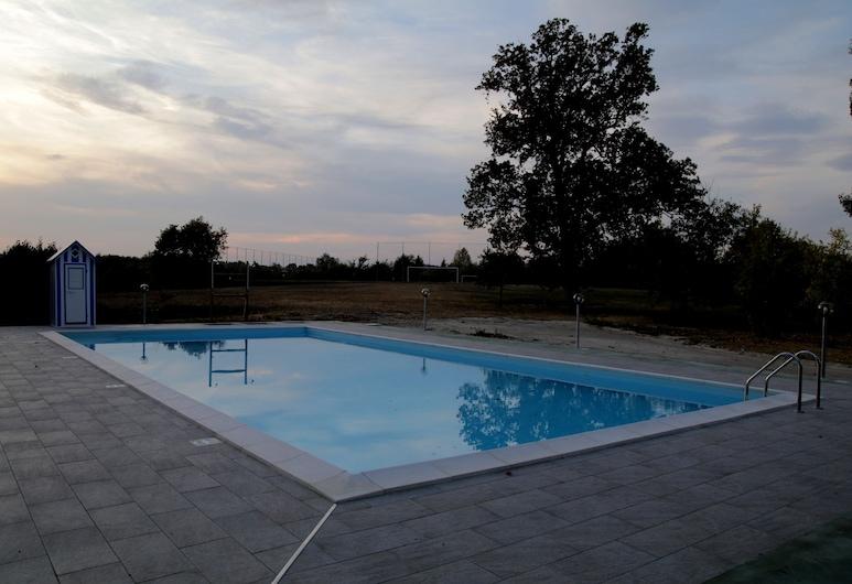 Hotel Hasta Resort, Asti, Outdoor Pool