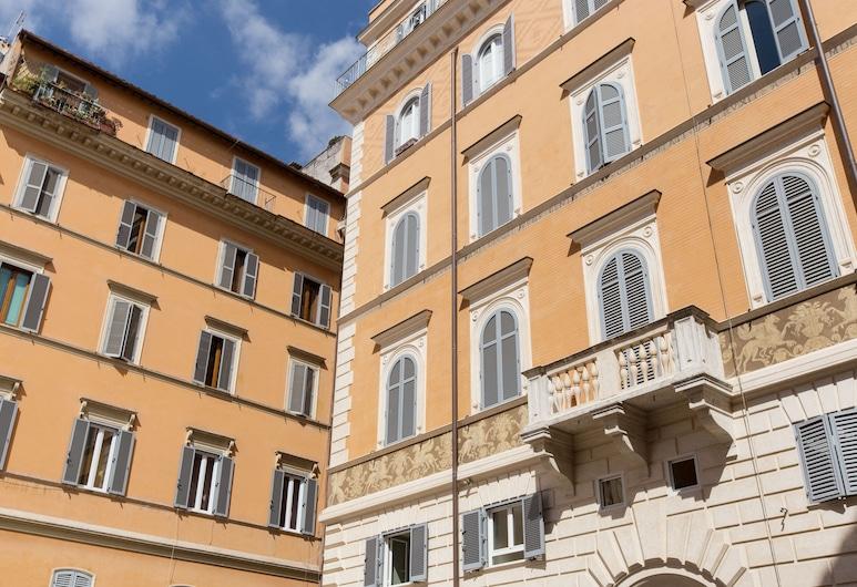 羅馬住宿酒店 - 法爾內塞, 羅馬, 住宿正面