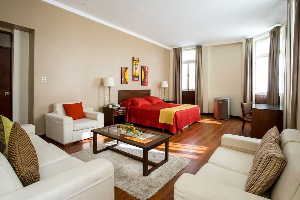 Phòng Suite dành cho gia đình, 1 giường cỡ king và sofa giường - Ảnh nổi bật