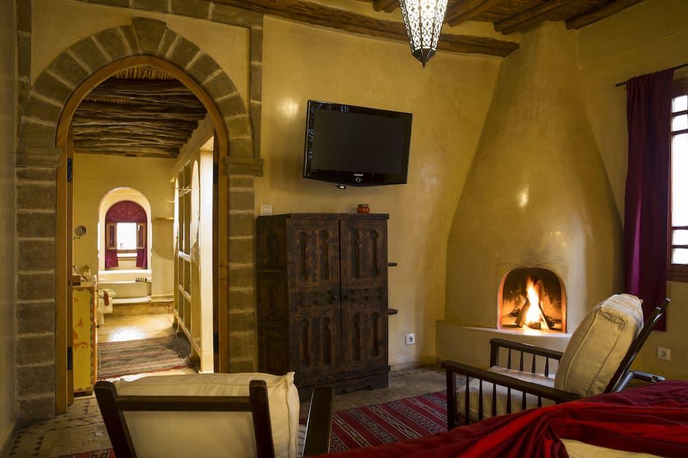 Romantic Suite - Living Area
