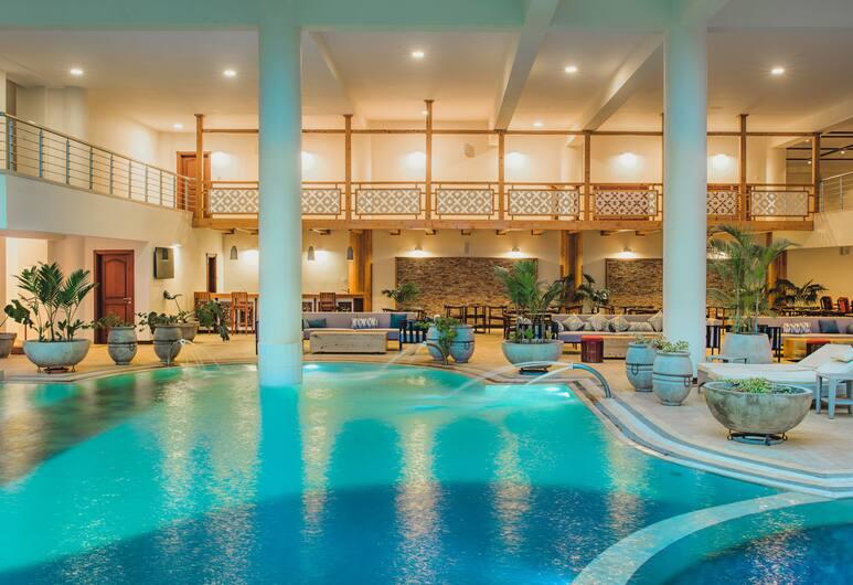 Mövenpick Hotel & Residences Nairobi, Nairobi, Outdoor Pool