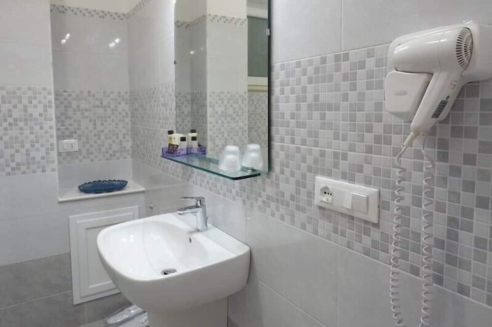 ห้องคลาสสิกดับเบิลหรือทวิน - ห้องน้ำ