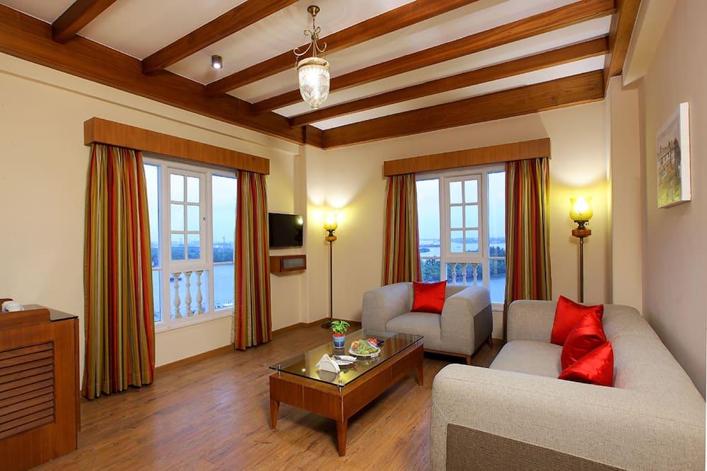 Superior-Zimmer, 1 Schlafzimmer, eingeschränkter Seeblick - Wohnzimmer