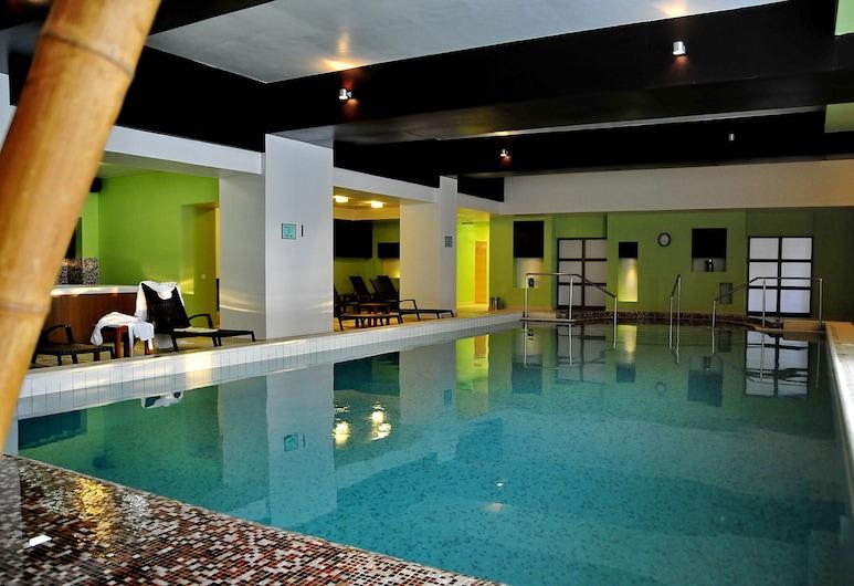 Hotel Clermont, Covasna, Sisäuima-allas