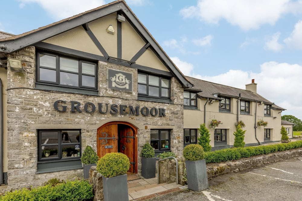 The Grousemoor Country House