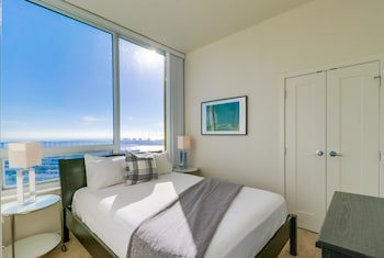 Gambar Central Downtown 3BR Corporate Rentals  di San Diego