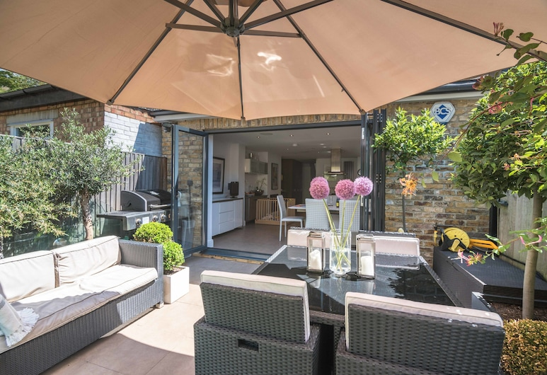 Luxury Barnes Family Home with Garden, London, House, 5 Bedrooms, Terrace/Patio