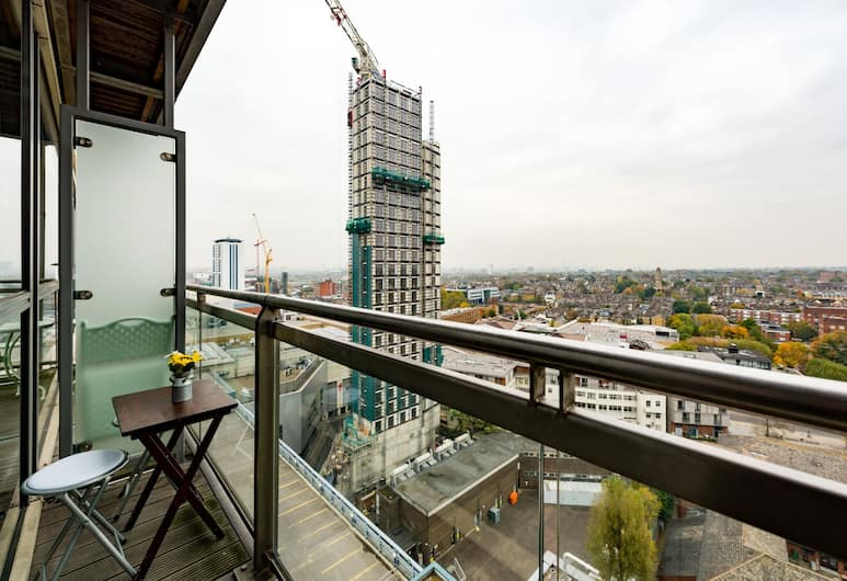 Modern home in Wandsworth, London, Apartment, 2 Bedrooms, Balcony