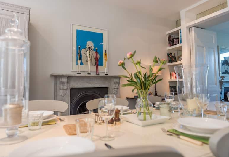 Elegant home near Notting Hill, London, Elutuba