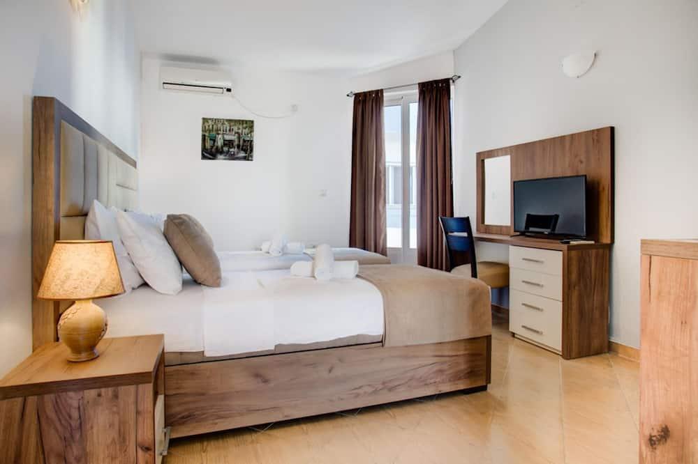 Standard Apartment, 1 Bedroom, Terrace, Annex Building - Living Area
