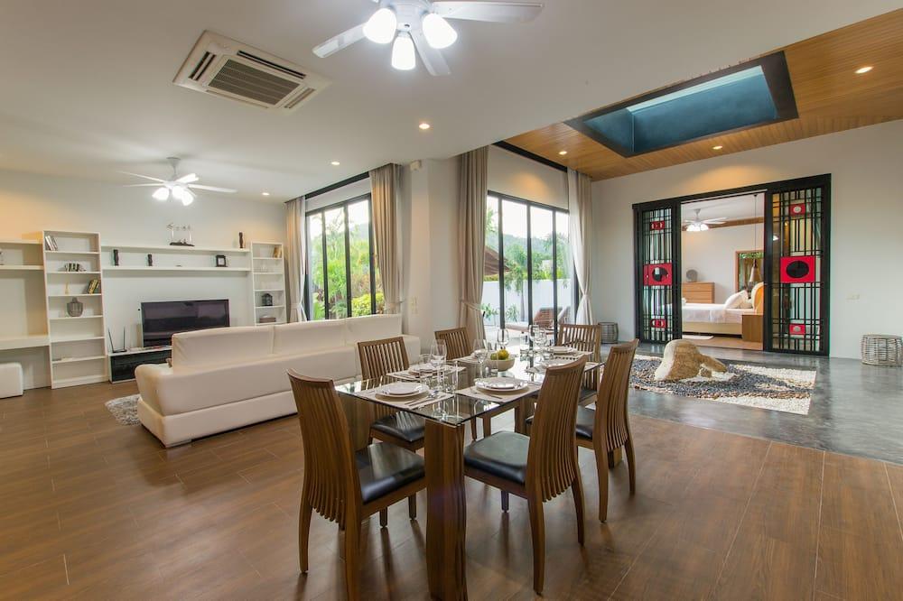 3-Bedroom Villa with Private Pool and Garden - Odada Yemek Servisi