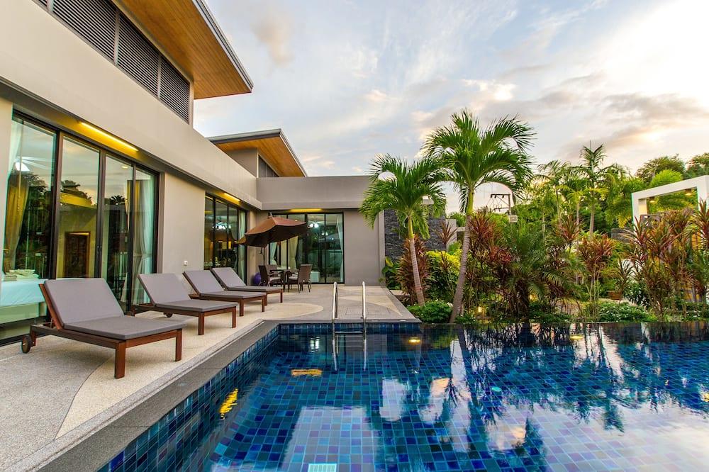 3-Bedroom Villa with Private Pool and Garden - Teras/Veranda