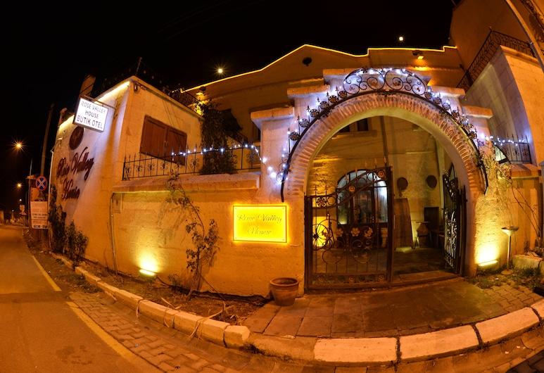 ローズ バレー ハウス, アバノス