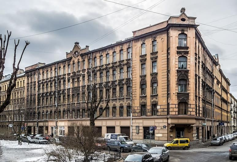 Апартаменты «Гости Любят» на Блохина, Санкт-Петербург, Вид снаружи / фасад