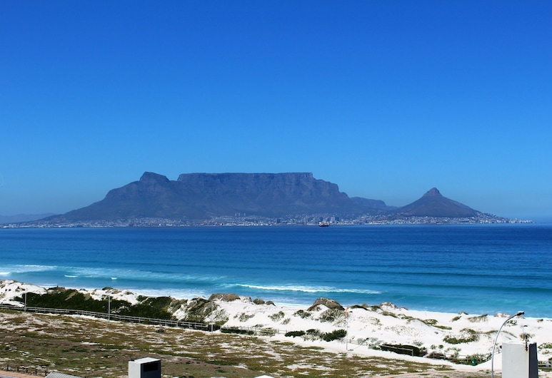 Spectacular Views Blouberg Beachfront, Cape Town
