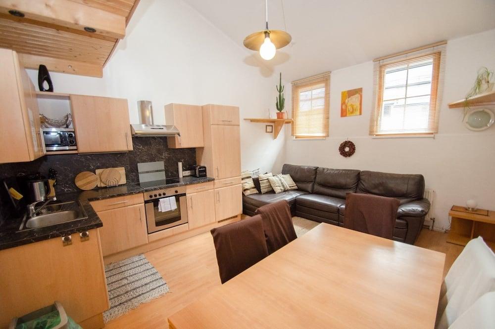 Apartment (3-Room-Maisonette) - In-Room Dining