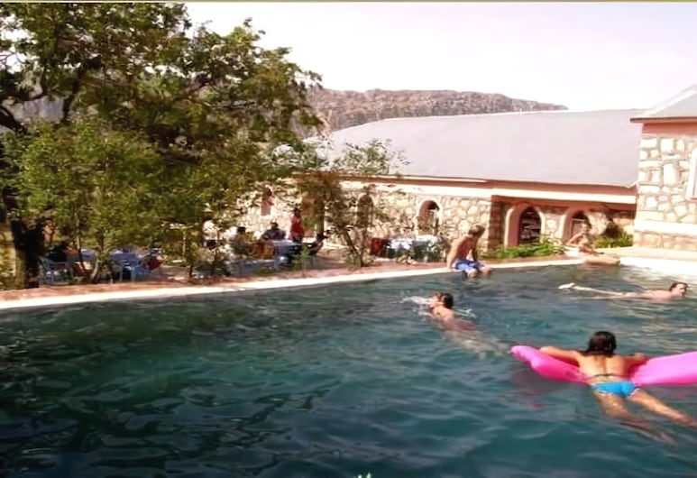 Nemrut Kervansaray Hotel, Kahta, Vanjski bazen