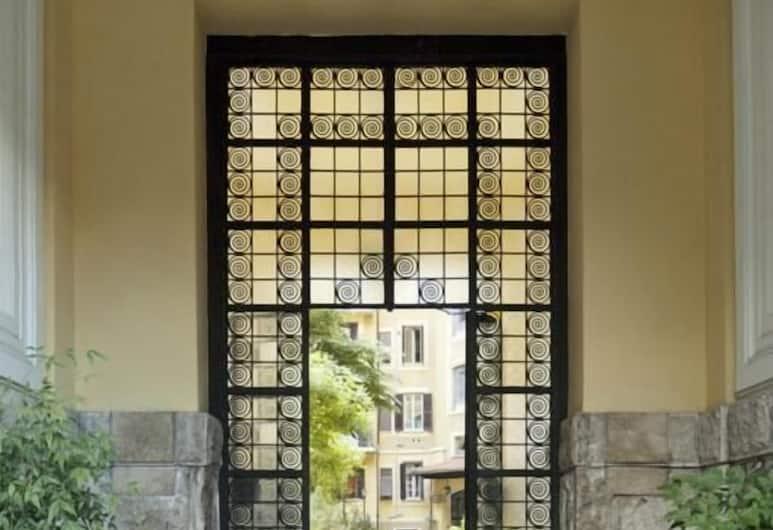 B&B Mazzini, Róma, Hotel bejárata