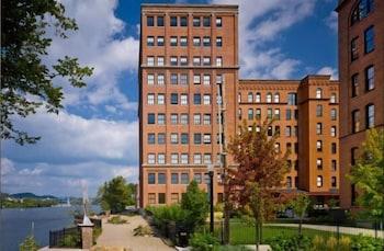 Top 10 Ross Township Hotels Near Park Mall Pennsylvania