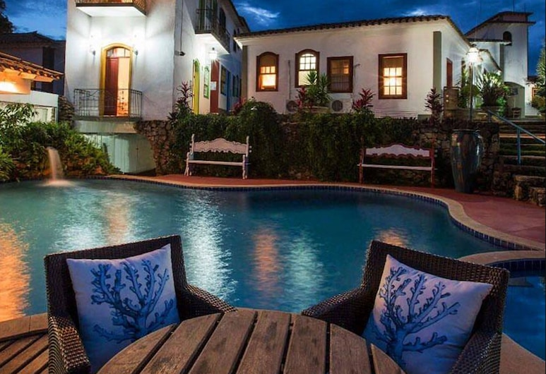 Pousada Pequena Tiradentes, Tiradentes, Voorkant hotel - avond/nacht