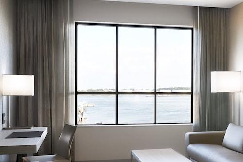 โรงแรมเอซี