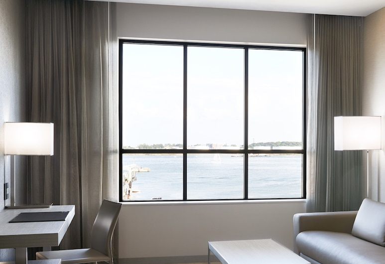 AC Hotel by Marriott Portland Downtown/Waterfront, ME, Portland, Room, 1 King Bed, Non Smoking, View, Guest Room View