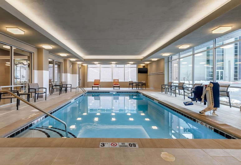 Cambria Hotel Omaha Downtown, Omaha, Piscine
