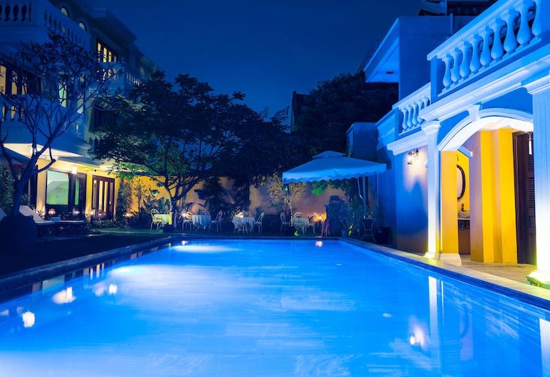 Hoian Central Hotel, הוי אן, בריכה חיצונית
