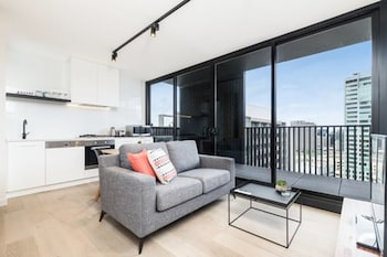 Picture of Coventry Haus Serviced Apartments in Southbank