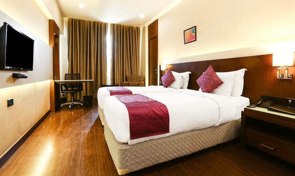 Treebo Select Eden Residency South City Gurugram