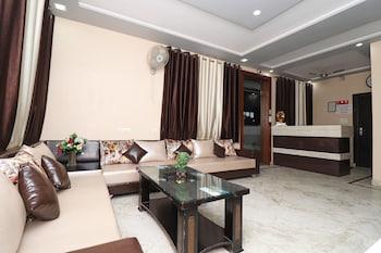 Hình ảnh OYO 6072 Aaradhya residency tại Agra