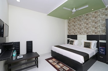 Picture of OYO 10133 Hotel Rama Grand HS in Agra