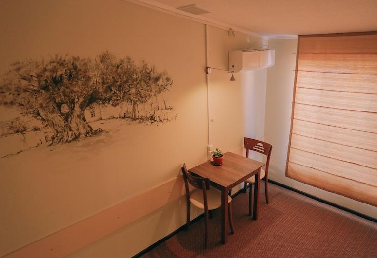 소모니 호스텔, 후잔드, 공용 도미토리, 남녀공용 도미토리, 산 전망 (2 beds (2), 객실