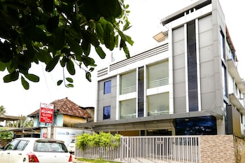 Picture of OYO 4874 Canal View Residency in Alappuzha
