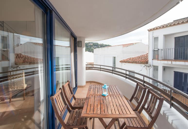 Apartamentos Llafranc Mar, Palafrugell, Duplex, 2 Bedrooms, Accessible, City View (A), Terrace/Patio