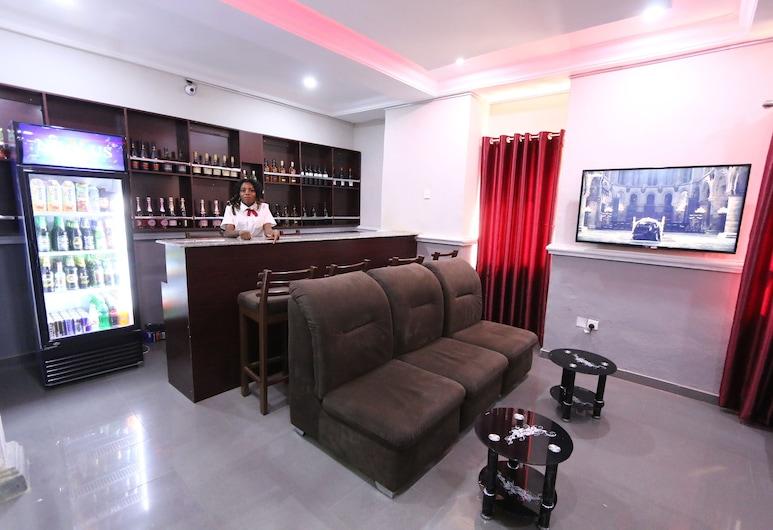Iyore Grand Hotel & Suites 2, Ciudad de Benin, Bar del hotel