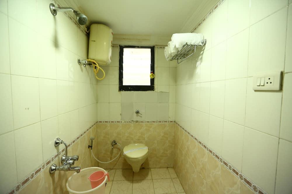 ダブルまたはツインルーム - バスルーム