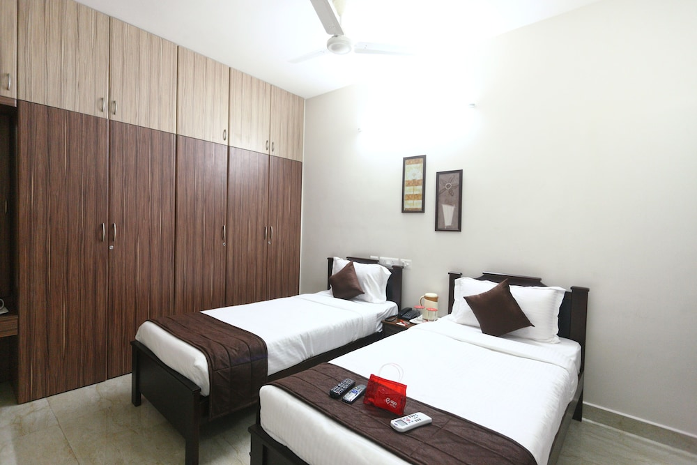OYO 3193 Apartment Gem Parc, Chennai, Double Or Twin Room, Guest Room
