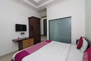 Fotografia hotela (OYO 8349 Hotel Crown Palace) v meste Noida