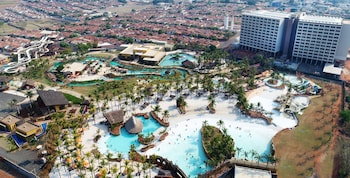 Picture of Hot Beach Resort in Olimpia