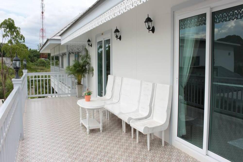 Twin Room with Balcony - Balkong
